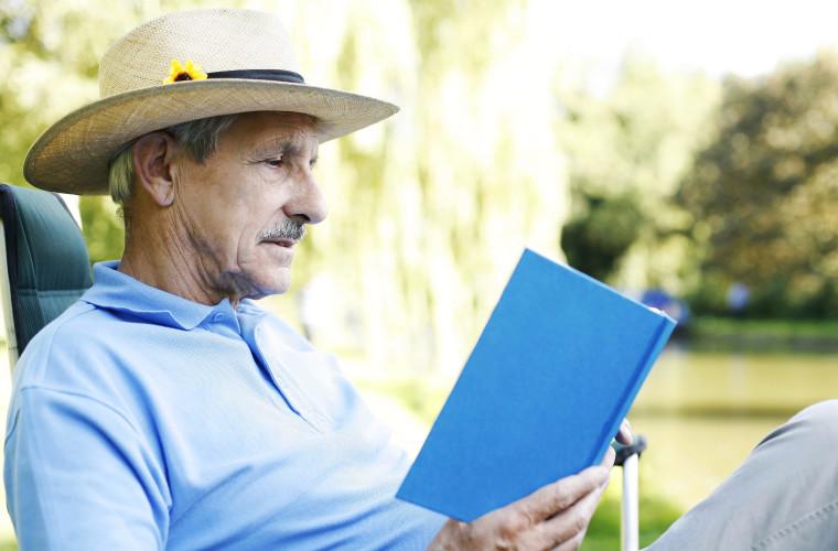 czytam w ogrodzie